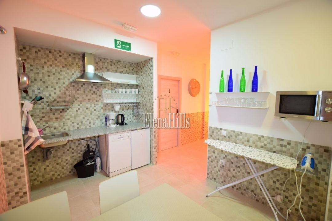 Hostal for sale in Plaza Ifach Calpe (Alicante)  - LC014